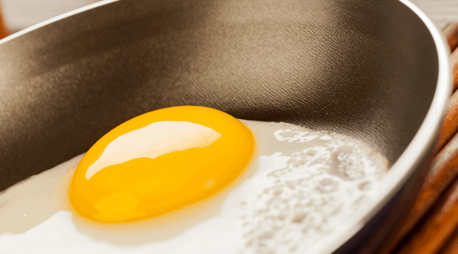 Best pan for eggs