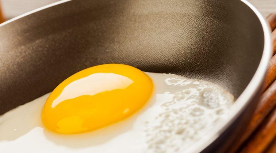 Best pan for eggs